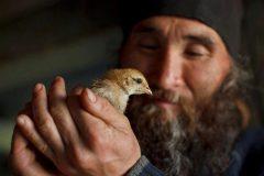 Архимандрит Андрей (Конанос): Православие не душит, им дышат
