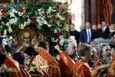 Мощи святого Николая доставлены в Храм Христа Спасителя (+ФОТО)