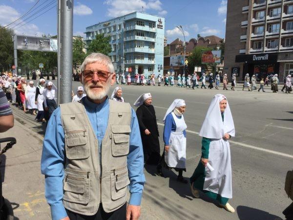 На городском крестном ходе