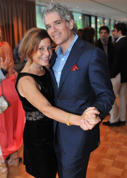 Эми Круз Розенталь с мужем. Фото из семейного архива