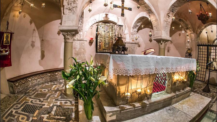Базилика святого Николая в Бари: реликвии и убранство (фото)