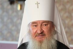 Митрополит Феофан: Не дело священнику гонять на мотоциклах