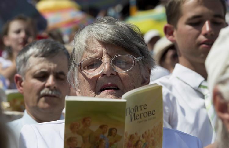 Протоиерей Игорь Прекуп: Свидетелей Иеговы можно уличить только в духовном вреде