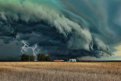 Как действовать во время урагана, бури, смерча