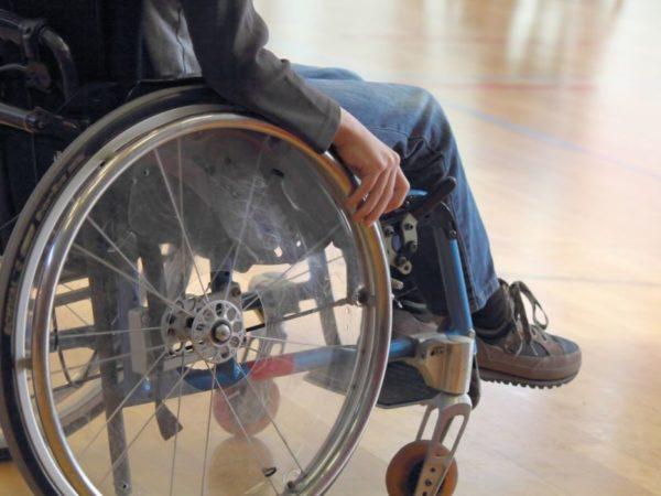 Охрана не пустила детей-инвалидов в кафе в Мурманске (видео)