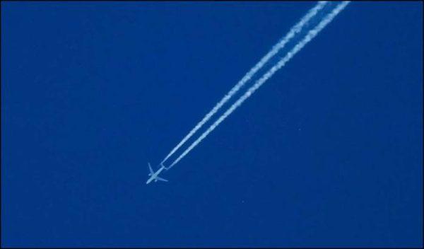 В Мьянме пропал с радаров самолет с более чем 100 пассажирами