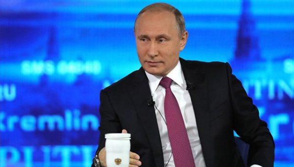 Путин поставил задачу в три раза увеличить время, уделяемое врачом пациенту