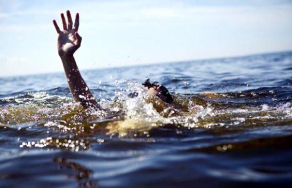 Житель Кемерова спас из реки женщину и ее сына