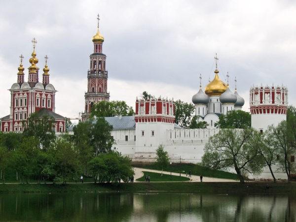 Владимир Путин подписал указ о праздновании 500-летия Новодевичьего монастыря