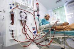 Путин поручил найти финансирование для транспортировки больных на гемодиализ