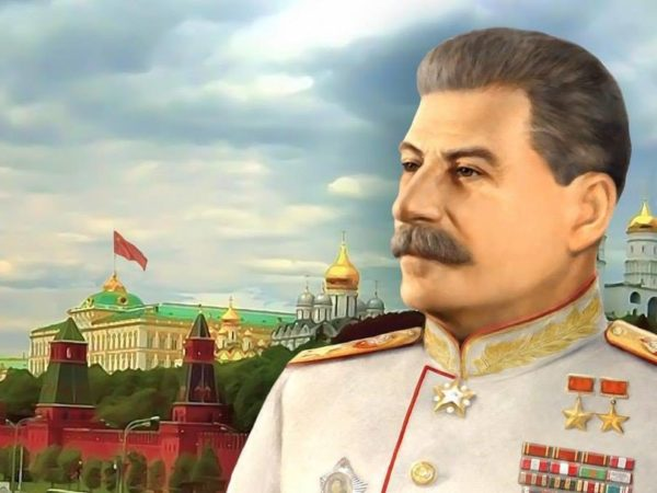 Россияне назвали Сталина самым выдающимся соотечественником