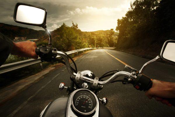В Петербурге мотоциклисту вернули потерянные им 6 миллионов рублей