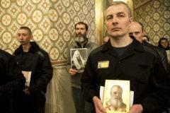 Храм в Бутырке: поддержка святых вместо обвинения
