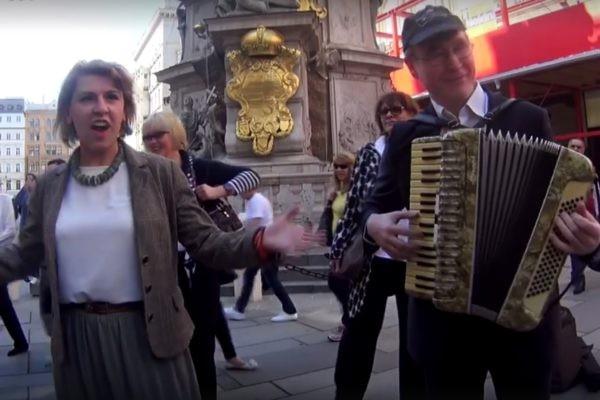 """""""Помнит Вена, помнят Альпы и Дунай"""" (Видео)"""