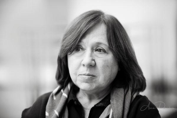 Светлана Алексиевич: Знайте, сегодня время одиночества