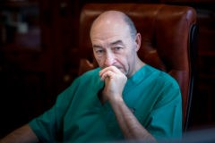 Трансплантолог Сергей Готье: Руки врача не должны опережать голову