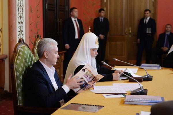 Патриарх Кирилл: Каждый новый храм Москвы должен быть построен по индивидуальному проекту