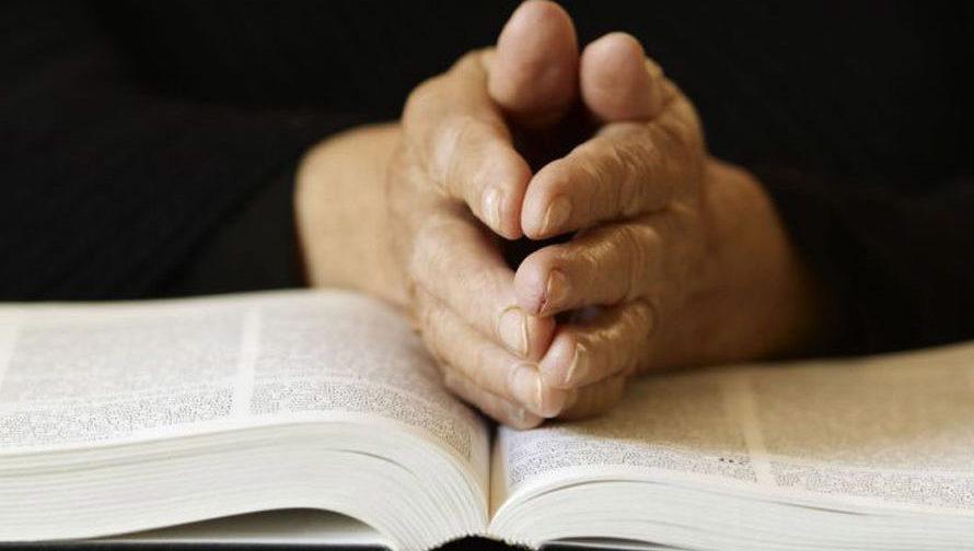 Биологи против богословов: конфликт неизбежен?