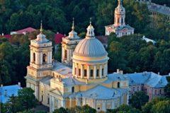 В Петербурге организуют социальную очередь к мощам Николая Чудотворца