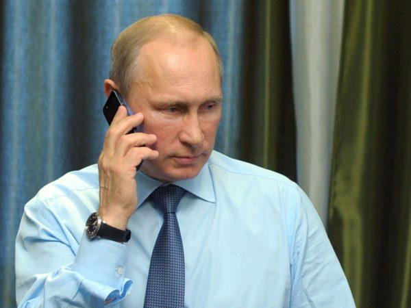 Путин пообещал снять запрет на поиск людей по мобильному телефону