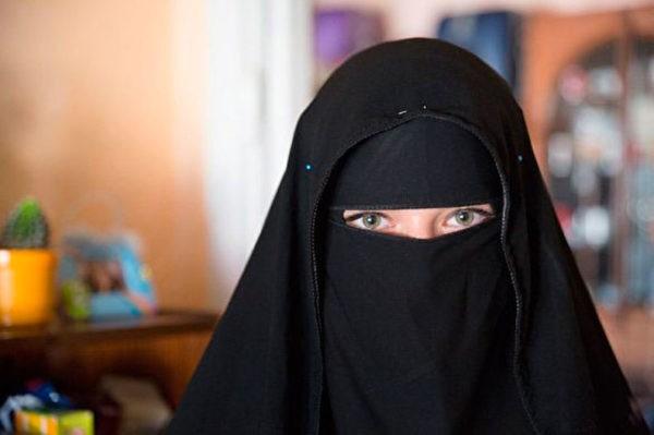 ЕСПЧ признал обоснованным запрет на ношение никаба в Бельгии