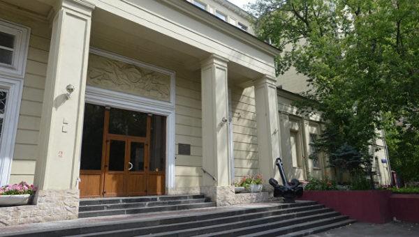 Церковь займет здание института рыбного хозяйства только после его переезда
