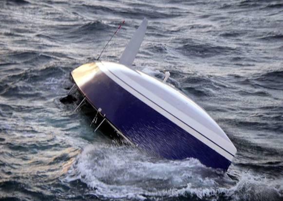 Пять человек пропали из перевернувшейся лодки на реке Лена