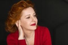 Елена Смирнова: Ты не должен быть избранным, чтобы кому-то помогать
