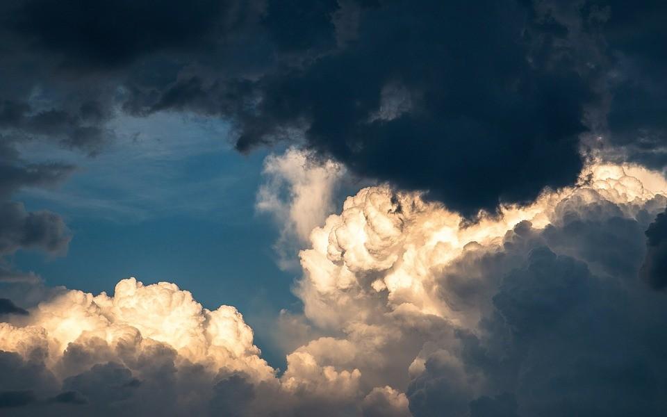 Небесный покров. Явление иконы Пресвятой Богородицы во граде Казани