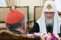 Патриарх Кирилл провел встречу с Госсекретарем Ватикана