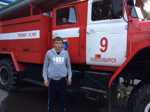 Жителя Новосибирска наградят за спасение 20 человек из пожара