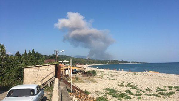 В Абхазии при взрыве на складе боеприпасов пострадали 20 россиян