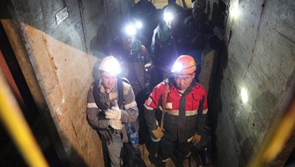 МЧС: Обстановка на руднике «Мир», где ищут пропавших горняков, ухудшилась