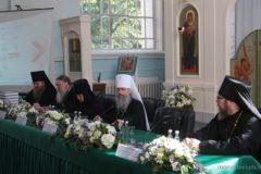 """Участники монашеского форума предложили, как спасти монастыри от """"духовного туризма"""""""