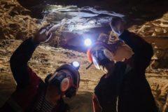 """Поиски четырех пропавших шахтеров на руднике """"Мир"""" прекращены из-за угрозы жизни спасателей"""