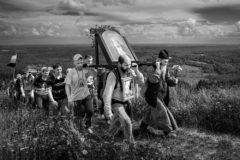 120 километров для паломника (фото)