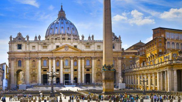 Госсекретарь Ватикана вконце августа приедет в РФ