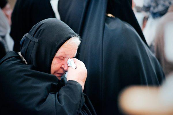 Какие слезы сделают для нас ближе мир Христов