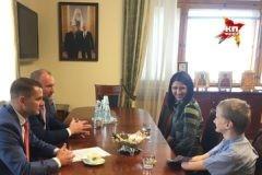 Вице-спикер Госдумы Игорь Лебедев извинился перед мамой девочки-инвалида