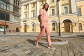 На улице Петровка в Москве восстановили историческую брусчатку