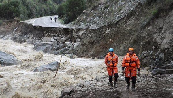 Из зоны стихийного бедствия в Приэльбрусье эвакуированы 420 человек