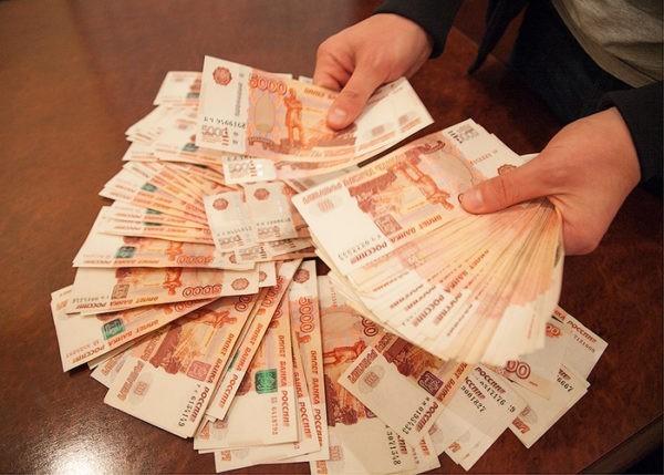 Учредитель благотворительного фонда в Иркутске сам подкинул миллион