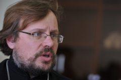 Петербургская епархия: умершей от ВИЧ девочке оказывалось лечение