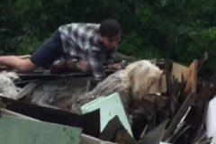 20-летний житель Уфы спас пенсионерку из затопленного дома