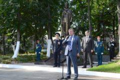 В Кировской области торжественно открыт памятник Дзержинскому
