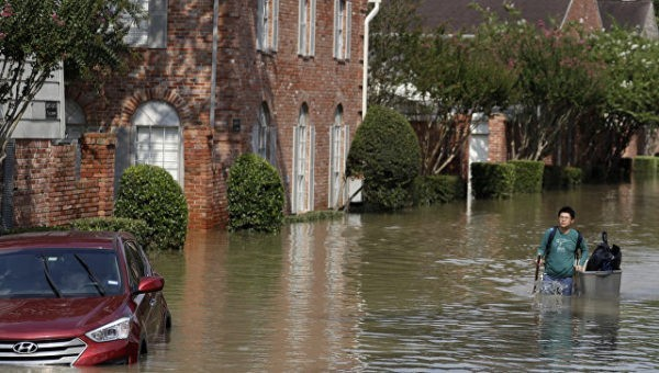 Русский храм в Техасе начал сбор средств пострадавшим в наводнении