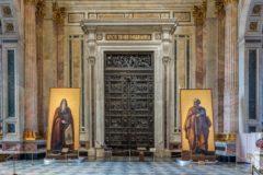 Три живописных композиции художника Неффа отреставрируют в Исаакиевском соборе