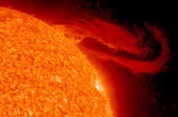Вспышки на Солнце не оказали резкого влияния на здоровье россиян