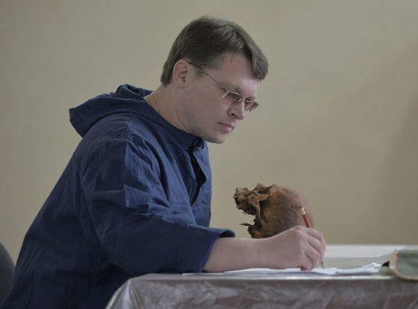 Ученые нашли сходство черепов Николая II и Александра III