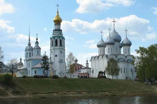 Завершилась реставрация глав Софийского собора в Вологде